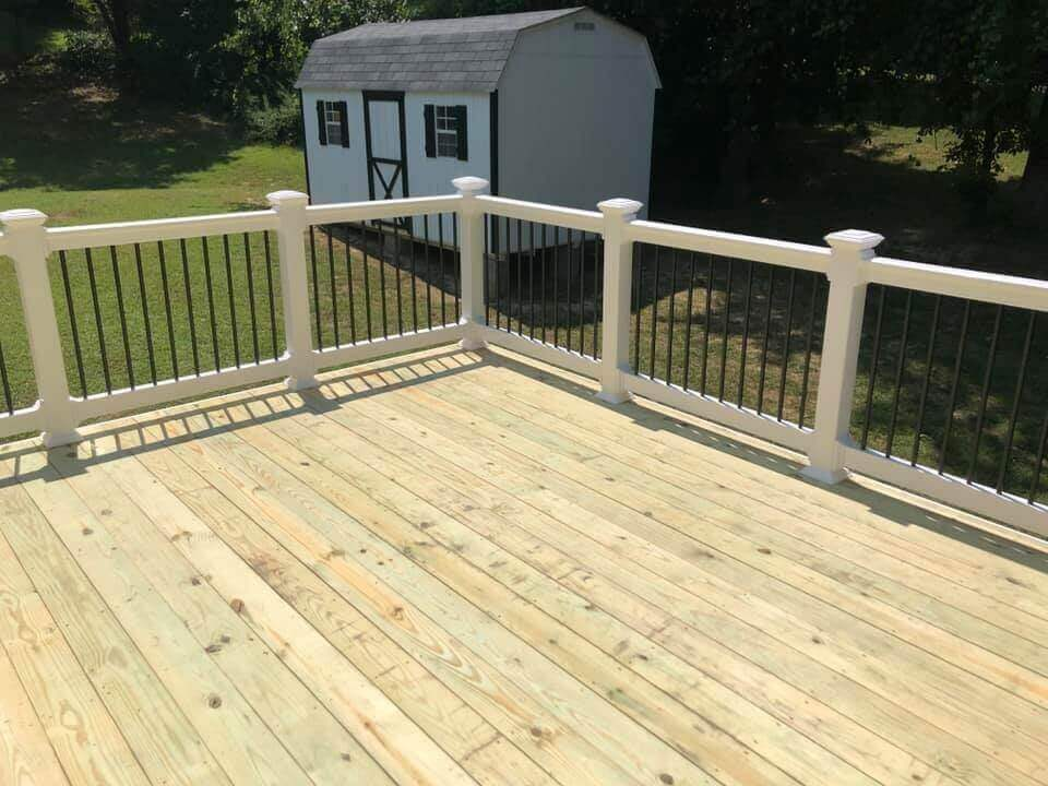 7th State Builders - Deck